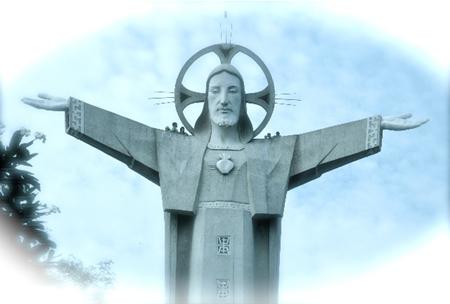 jesus_statue_nikon_d70-1